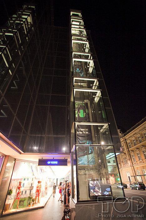 L'ascensore di vetro al Top Six Club Lubiana