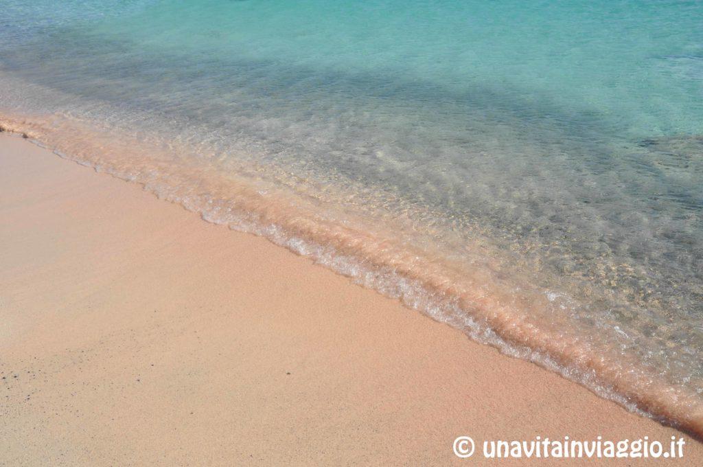 Isola di Creta: la sabbia rosa di Elafonissi