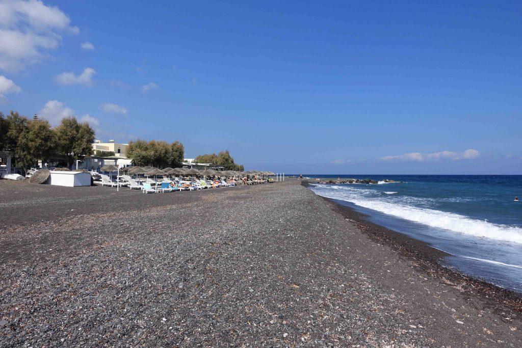 spiaggia-kamari-santorini
